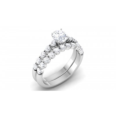 Divina Diamond Ring