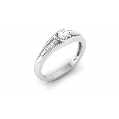 Iseut Diamond Ring